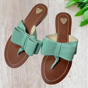 Grace gift turquoise bow thong sandals sz 7